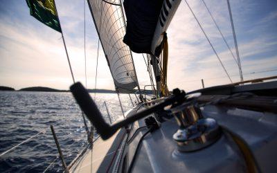 Wat zijn mooie gebieden om te varen in Nederland?