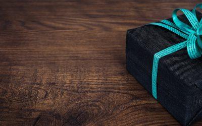 Wat moet je geven aan collega's als cadeau?